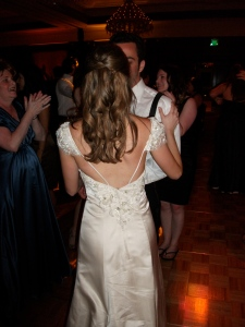 I heart the back of her dress!