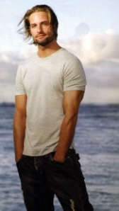 Sawyer (Josh Holloway) in a white T