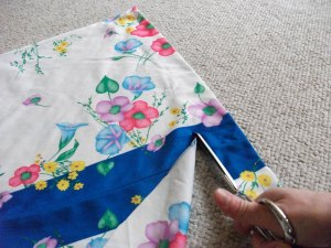 Using the bottom strip of fabric as a sash!